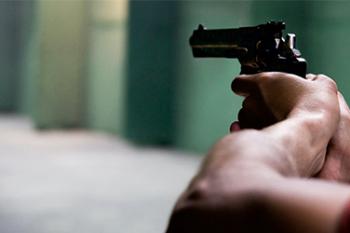 револвер на стрелбище Варна